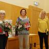 Die neuen Ehrenmitglieder Marliese Fröhlich und Ulrike Fentler mit Anke Cosic
